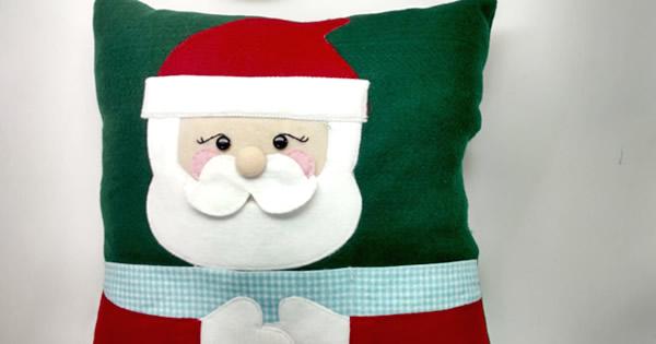 Como Fazer Almofada de Papai Noel em Feltro – Porta-Controle Remoto