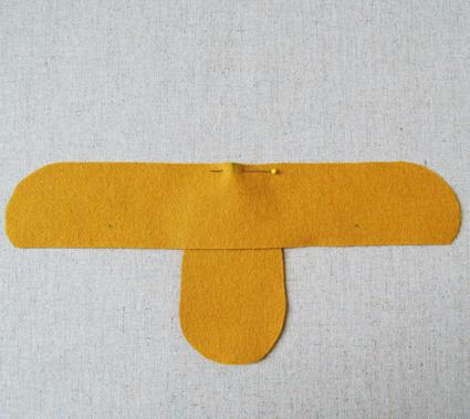 sapatinho de feltro - peças cortadas