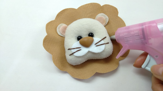 molde leão de feltro