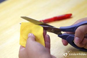 como cortar feltro
