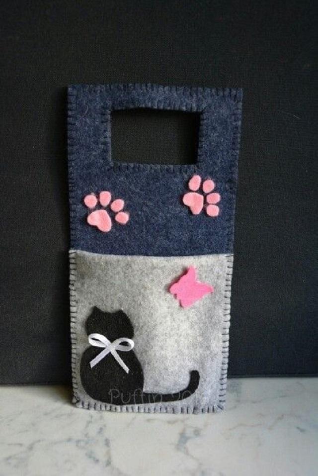 Porta carregador de celular de gatinha