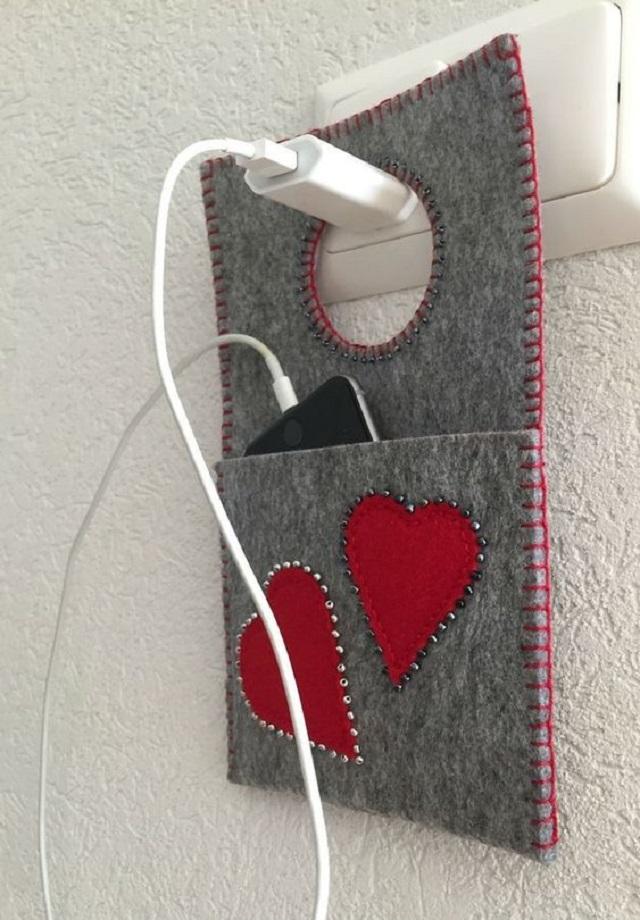 Porta carregador de celular com corações