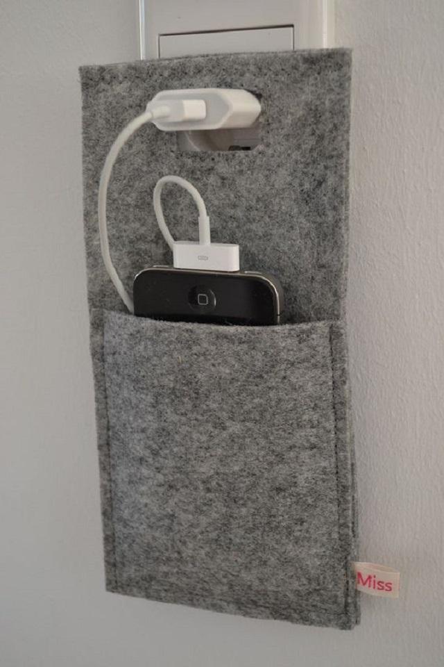 Porta carregador de celular cinza