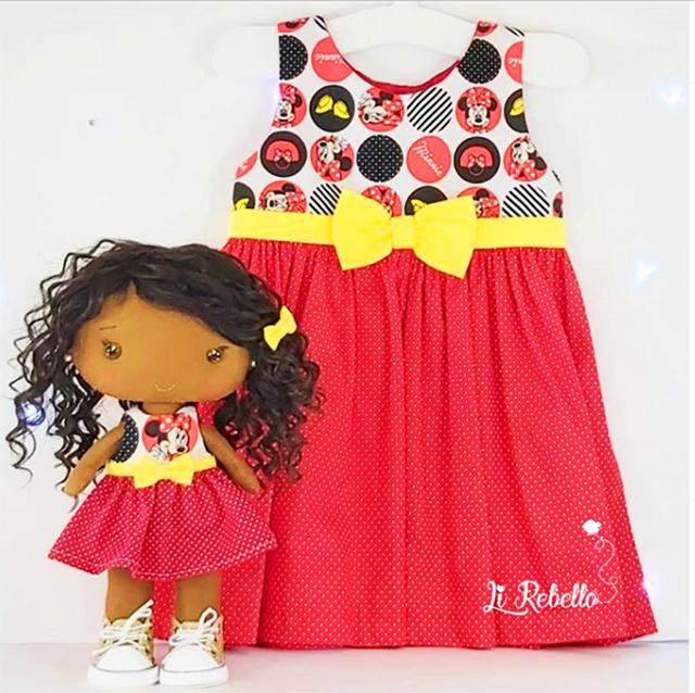 boneca personalizada feltro