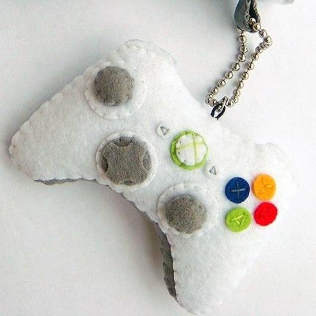 Chaveiro de controle de vídeo game de feltro