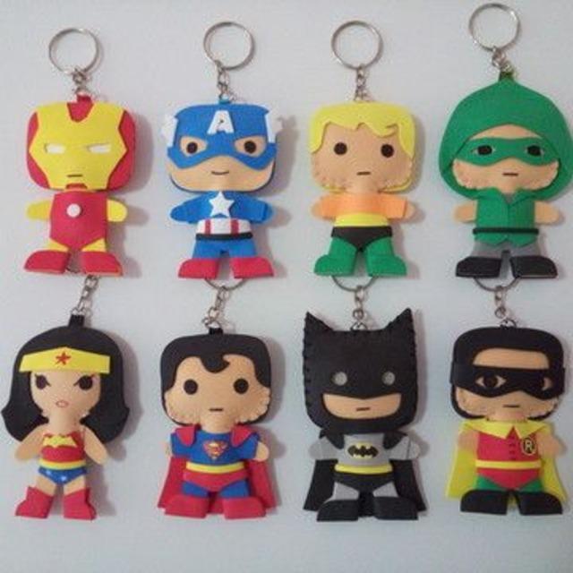 Chaveiros de feltro de super heróis