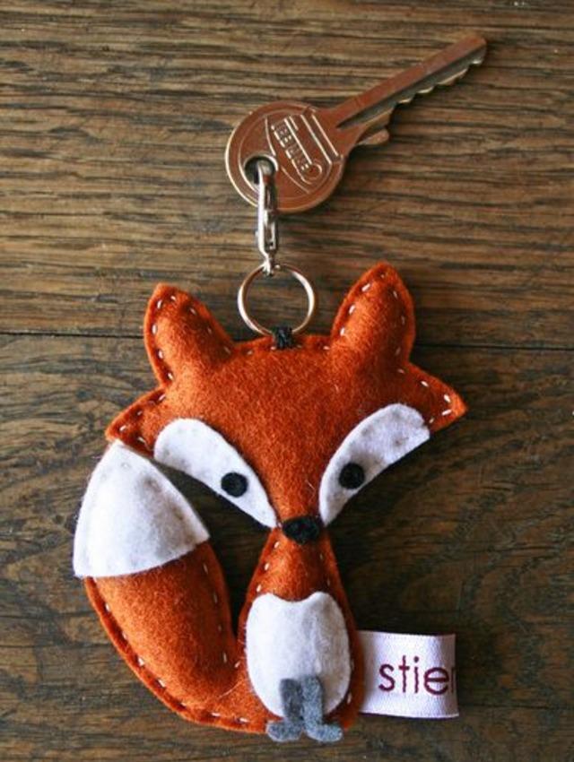 Chaveiro de raposa de feltro