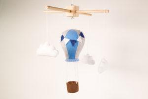 Móbile de feltro balão